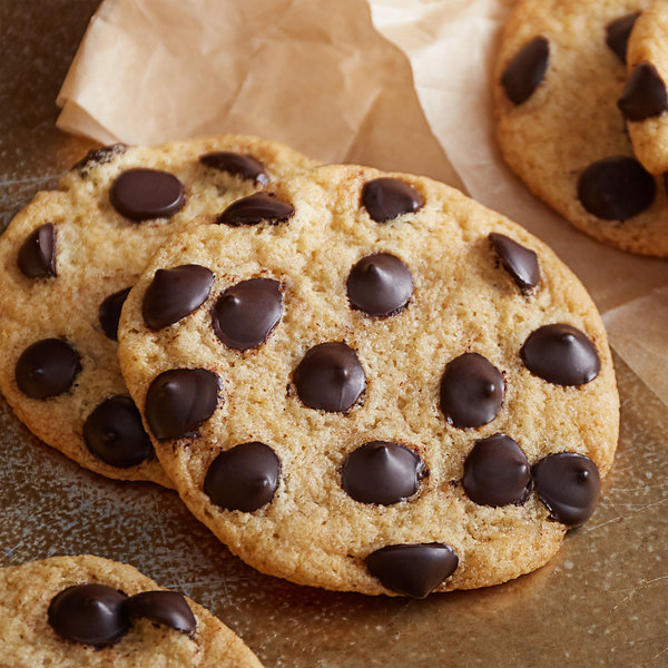 Artisan Kettle 25 lb. Organic No Sugar Added Dark .9M Chocolate Chips Main Image 2