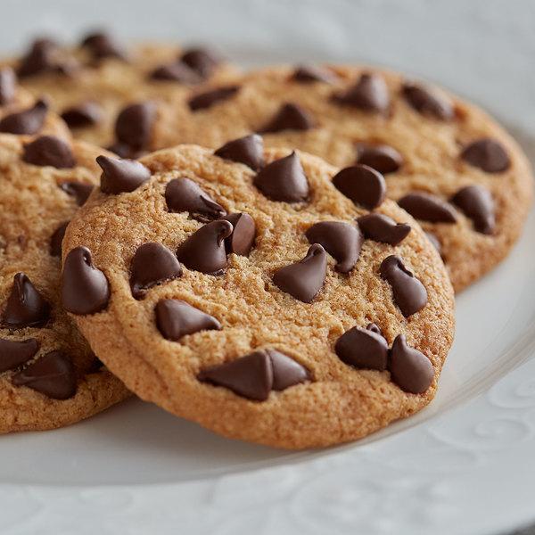 Artisan Kettle 25 lb. Organic Semisweet .9M Chocolate Chips Main Image 2