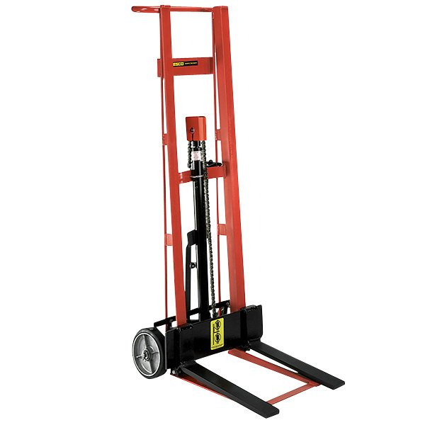 """Wesco Industrial Products 260006 750 lb. 2 Wheel Steel Hydraulic Pedalift with 3"""" x 18"""" Forks and 40"""" Lift Height Main Image 1"""