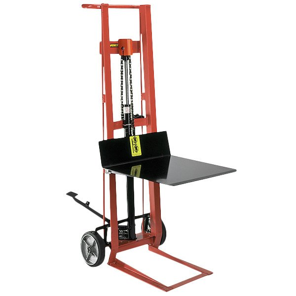 """Wesco Industrial Products 260001 750 lb. 2 Wheel Steel Hydraulic Pedalift with 20"""" x 16"""" Platform and 40"""" Lift Height Main Image 1"""