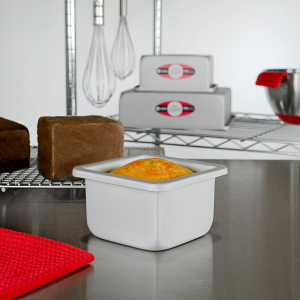 "Fat Daddio's PSQ-443 ProSeries 4"" x 4"" x 3"" Square Anodized Aluminum Mini Straight Sided Cake Pan Main Image 2"