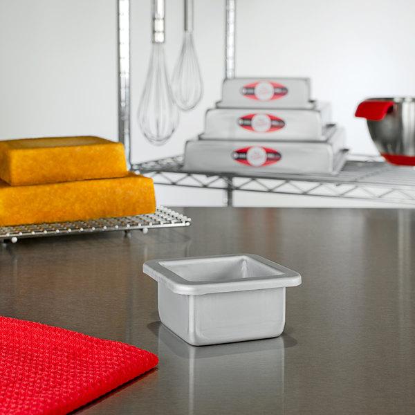 "Fat Daddio's PSQ-332 ProSeries 3"" x 3"" x 2"" Square Anodized Aluminum Mini Straight Sided Cake Pan Main Image 2"