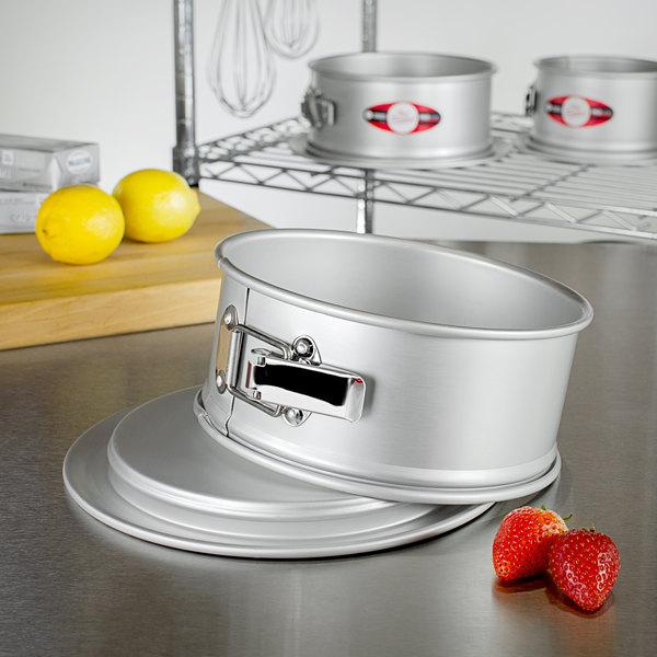 "Fat Daddio's PSF-83 ProSeries 8"" x 3"" Anodized Aluminum Springform Cake Pan Main Image 3"