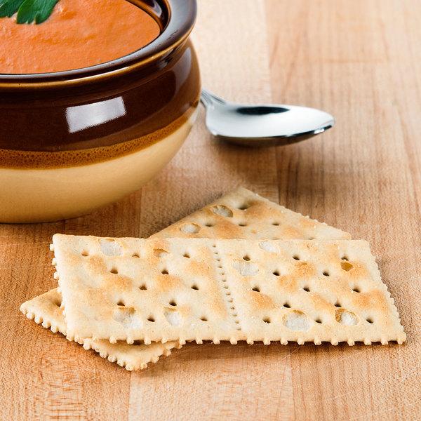 Lance Saltine Crackers - 300/Case