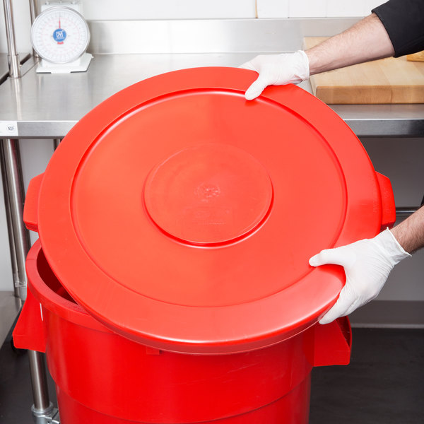 Continental 4445RD Huskee 44 Gallon Red Trash Can Lid