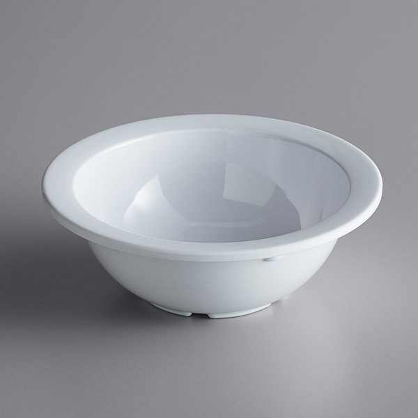 Acopa Foundations 10 oz. White Narrow Rim Melamine Grapefruit Bowl - 12/Case Main Image 1