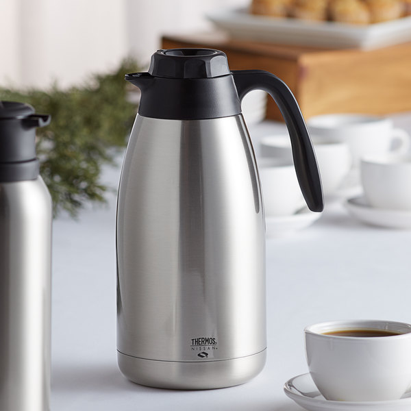 Thermos TGU1900SC6 64 oz. Brew-Thru Stainless Steel Vacuum Insulated Carafe
