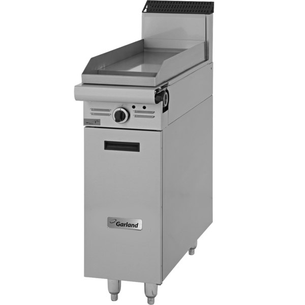 "Garland M8S Master Series Natural Gas 17"" Griddle Attachment with Storage Base and Thermostatic Controls - 33,000 BTU"
