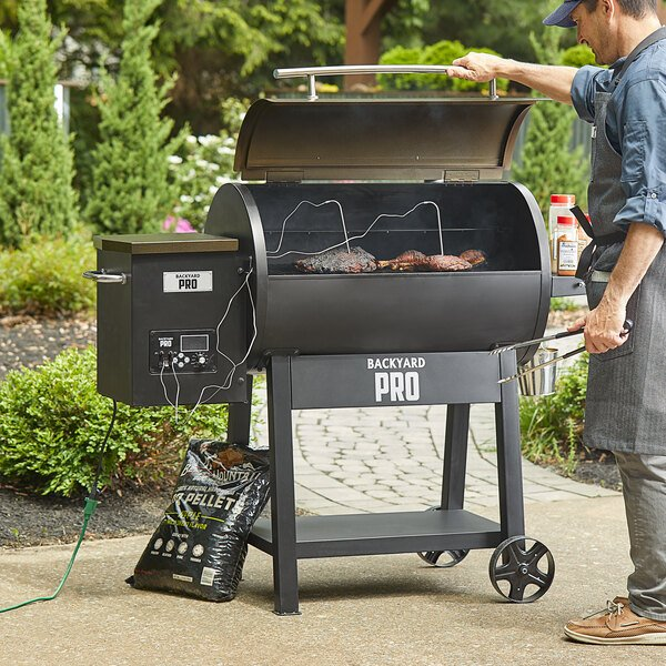 """Backyard Pro PL2032 32"""" Wood-Fired Pellet Grill with Advanced Controls - 780 Sq. In. Main Image 5"""