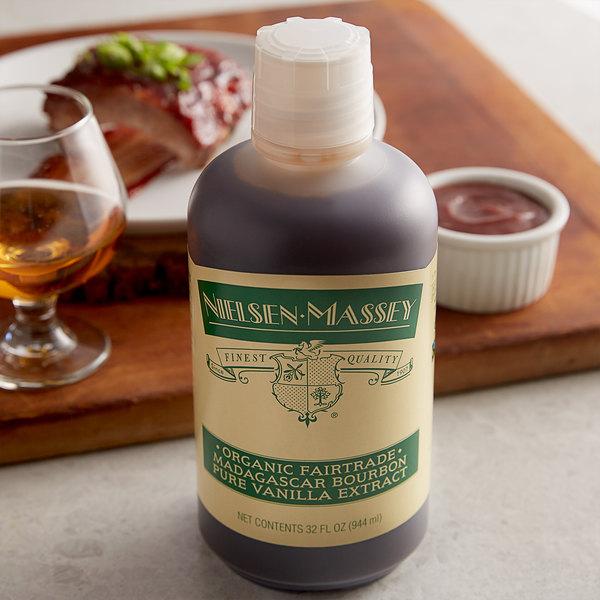 Nielsen-Massey 32 oz. Organic Madagascar Bourbon Vanilla Extract