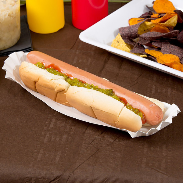 "Hoffmaster 610735 10"" White Paper Fluted Hot Dog Tray - 3000/Case"