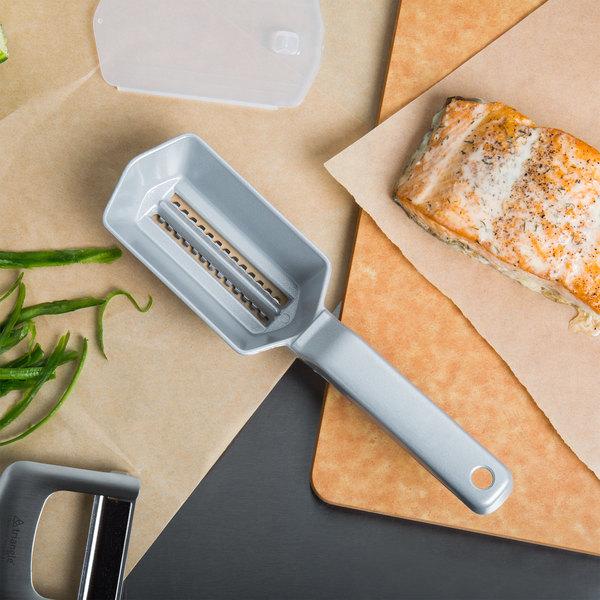 Matfer Bourgeat Aluminum Fish Scaler with Plastic Cover