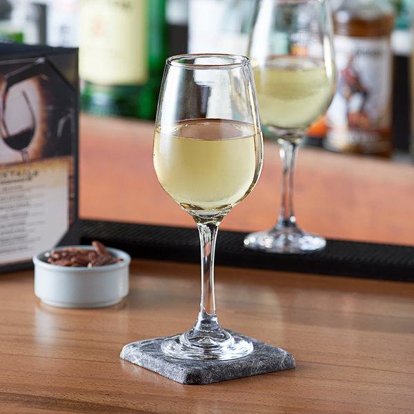 Acopa 16 oz. All-Purpose Wine Glass - 12/Case Main Image 2