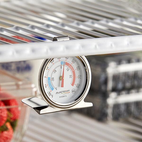 "AvaTemp 2 1/2"" Dial Refrigerator / Freezer Thermometer Main Image 4"