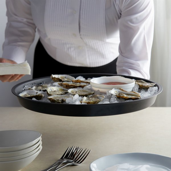 """HS Inc. HS1075-CH 13"""" Charcoal Round Crawfish / Oyster Plastic Serving Tray - 24/Case Main Image 2"""