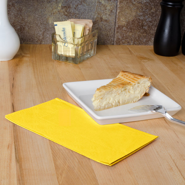 """Sun Yellow Paper Dinner Napkins, 2-Ply, 15"""" x 17"""" - Hoffmaster 180540 - 125/Pack"""