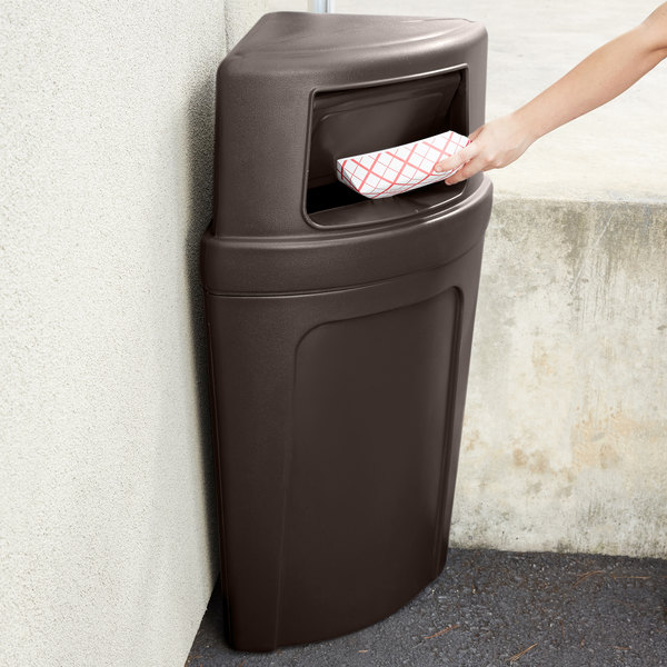 Continental 8325BN Corner'Round 21 Gallon Brown Corner Trash Can with Dome Lid