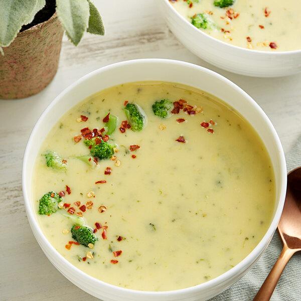 Knorr 21 oz. Soup du Jour Broccoli Cheese Soup Mix - 4/Case Main Image 2
