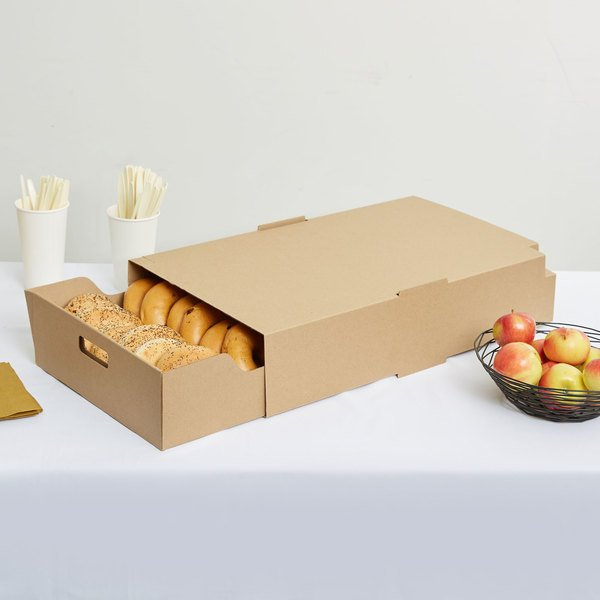 """LBP 9632 23 1/2 x 13 1/4"""" x 4 3/4"""" Extra Large Catering Tray with Cover - 15/Case"""
