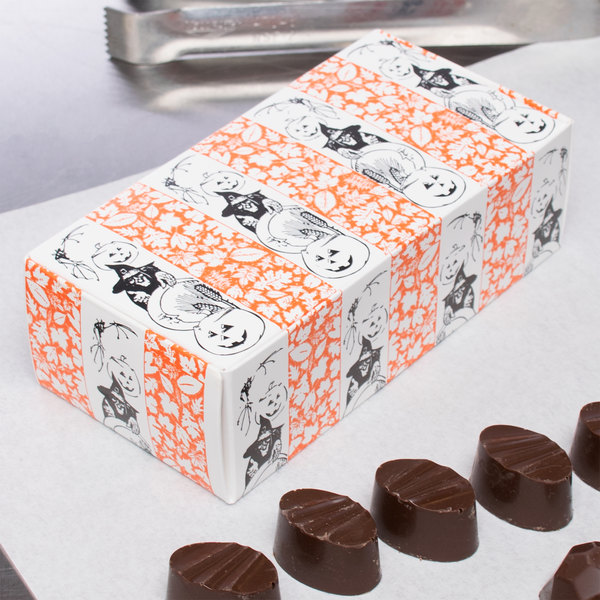 "5 1/2"" x 2 3/4"" x 1 3/4"" 1-Piece 1/2 lb. Halloween Candy Box - 250/Case"