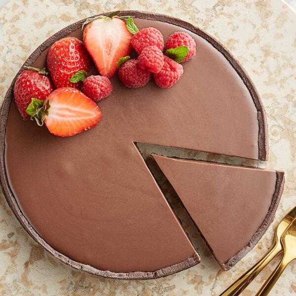Guittard 25 lb. Eclipse du Soleil 41% Milk Chocolate Wafers Main Image 2
