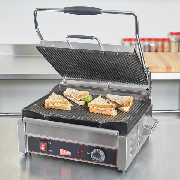 """Cecilware SG1LG Single Plus Panini Sandwich Grill with Grooved Grill Surfaces - 14 1/8"""" x 11"""" Cooking Surface - 120V, 1800W"""