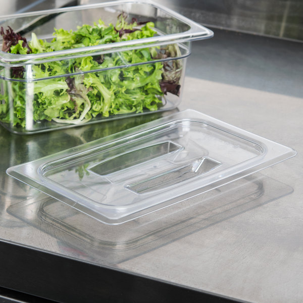Cambro 40CWCH135 Camwear 1/4 Size Clear Polycarbonate Handled Lid