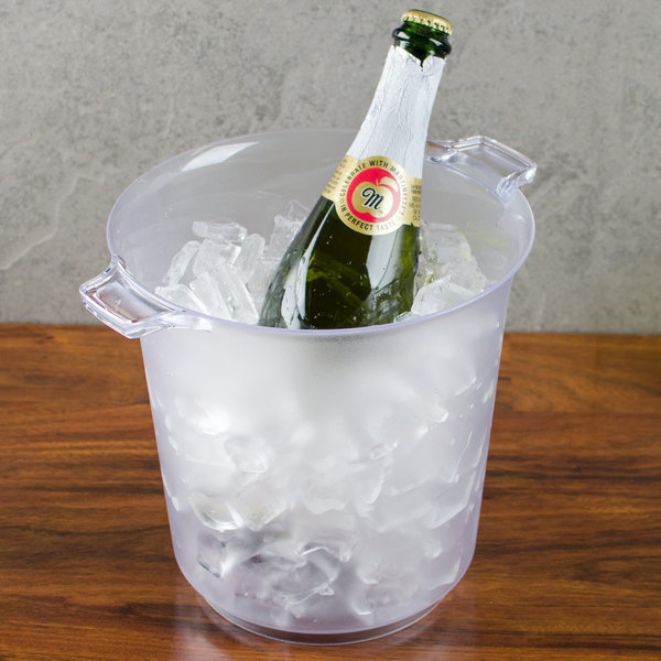 Fineline Platter Pleasers 3403 Heavy Duty Disposable Plastic 4 Qt. Wine / Champagne Chiller Ice Bucket Main Image 4