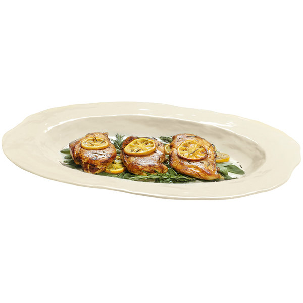 """GET ML-137-IV New Yorker 17 3/4"""" x 13"""" Oval Catering Platter - Ivory"""