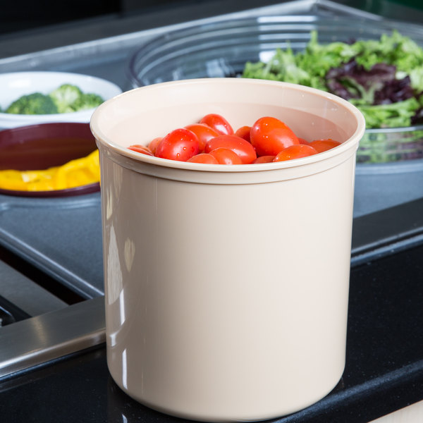 Cambro CP27133 Beige Round Crock with Lid 2.7 Qt. - 6/Case