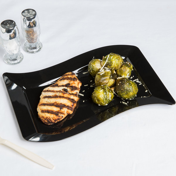 "Fineline Wavetrends 1407-BK 7 1/2"" x 12"" Black Customizable Plastic Luncheon Plate - 120/Case"