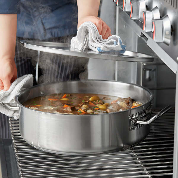Vigor 12 Qt. Stainless Steel Brazier with Aluminum-Clad Bottom and Cover Main Image 2