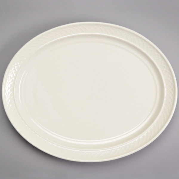 """Homer Laughlin 3537000 Gothic 13 1/8"""" x 10 1/2"""" Ivory (American White) Undecorated Oval China Platter - 12/Case"""