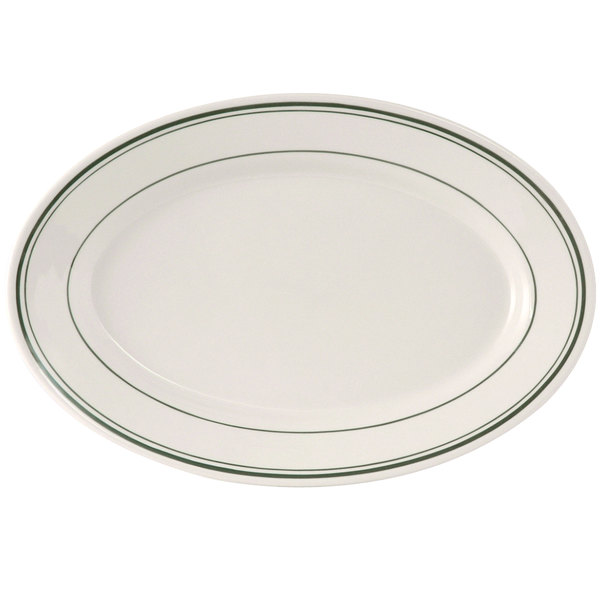 "Tuxton TGB-033 Green Bay 7"" x 4 5/8"" Wide Rim Rolled Edge Oval China Platter - 36/Case"