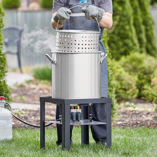 Backyard Pro 60 Qt. Aluminum Outdoor Seafood Boiler / Steamer Kit - 110,000 BTU Main Image 3