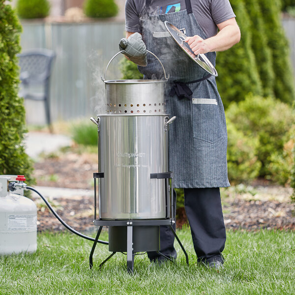 Backyard Pro 50 Qt. Outdoor Seafood Boiler / Steamer Kit with Stainless Steel Pot - 110,000 BTU Main Image 3