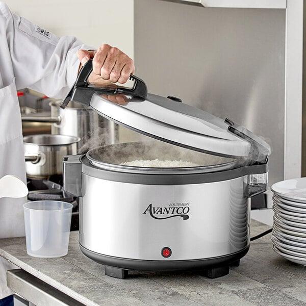 Avantco RW60 60 Cup Sealed Electric Rice Warmer - 120V, 105W Main Image 4