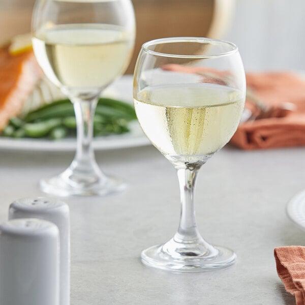 Acopa 8 oz. All-Purpose Wine Glass - 12/Case Main Image 2