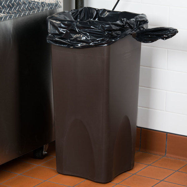 """Berry AEP 385840G 55-60 Gallon 1.6 Mil 38"""" x 58"""" Low Density Can Liner/Trash Bag - 100/Case"""