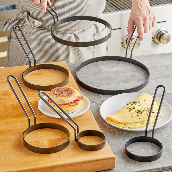 Vigor Non-Stick Egg Rings with Gray Coated Handle - 6/Pack Main Image 2