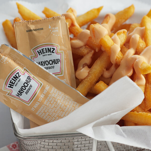 Heinz 12 Gram Mayochup Sauce Portion Packets - 200/Case Main Image 2