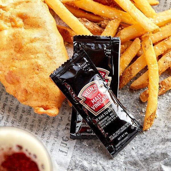 Heinz 9 Gram Malt Vinegar Portion Packets - 200/Case Main Image 2