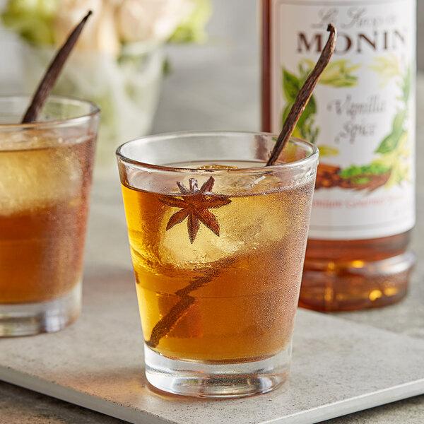 Monin 1 Liter Premium Vanilla Spice Flavoring Syrup Main Image 2