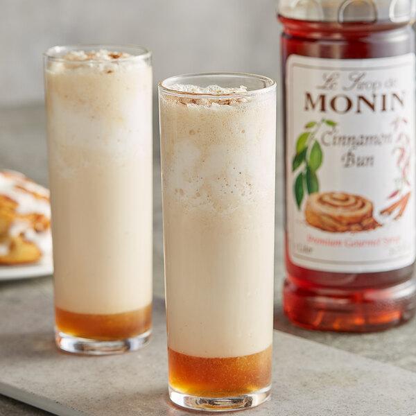 Monin 1 Liter Premium Cinnamon Bun Flavoring Syrup Main Image 2