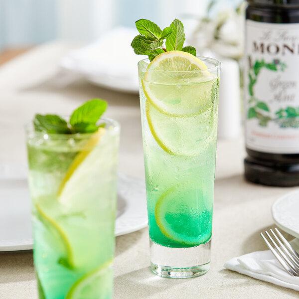 Monin 1 Liter Premium Green Mint Flavoring Syrup Main Image 2