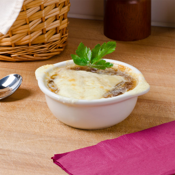 Tuxton BES-1006 8 oz. Eggshell China Gourmet Onion Soup Crock / Bowl - 6/Pack Main Image 3