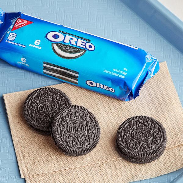 Nabisco Oreo 6-Count (2.4 oz.) Cookie Sleeve - 120/Case Main Image 3