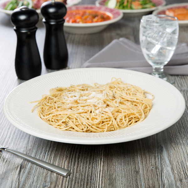 Tuxton HED-120 Hampshire 16 oz. Eggshell Embossed Rim China Pasta Bowl - 12/Case Main Image 3