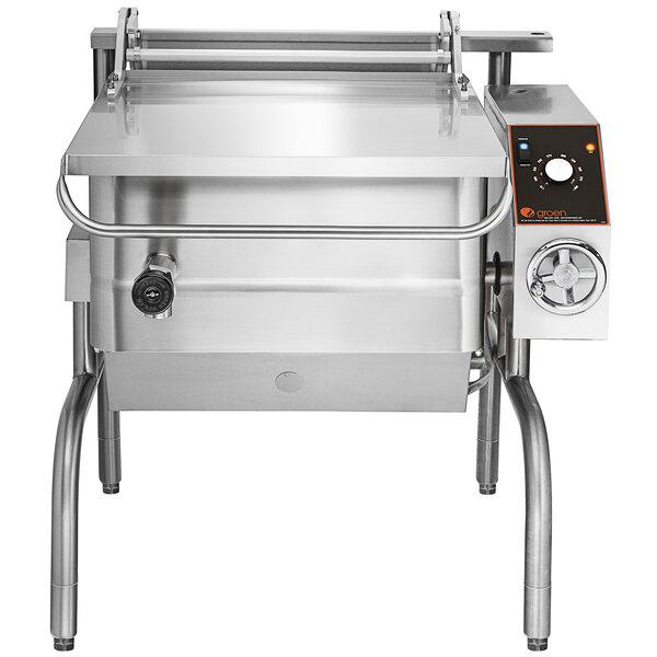 Groen BPM-30GC Stainless Steel 30-Gallon Tilting Liquid Propane Braising Pan - 104,000 BTU Main Image 1