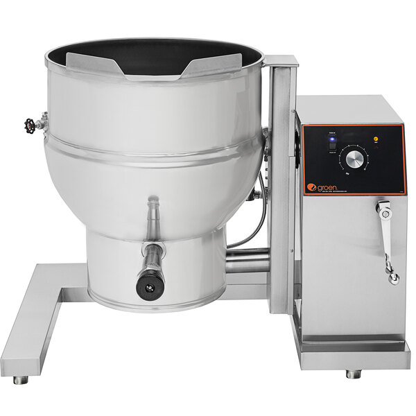 Groen DEE/4-40C 208/1 Stainless Steel 40-Gallon Steam Jacketed Tilting Electric Floor-Mounted Kettle - 208V, 1 Phase, 21 kW Main Image 1